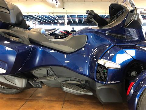 2016 Can-Am Spyder RT-S SE6 in Pinellas Park, Florida - Photo 6