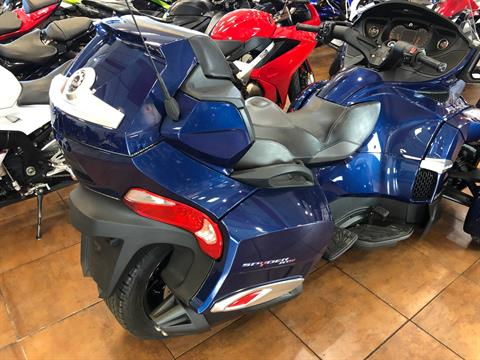 2016 Can-Am Spyder RT-S SE6 in Pinellas Park, Florida - Photo 10