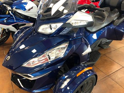 2016 Can-Am Spyder RT-S SE6 in Pinellas Park, Florida - Photo 15