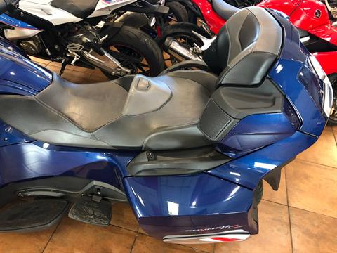 2016 Can-Am Spyder RT-S SE6 in Pinellas Park, Florida - Photo 16