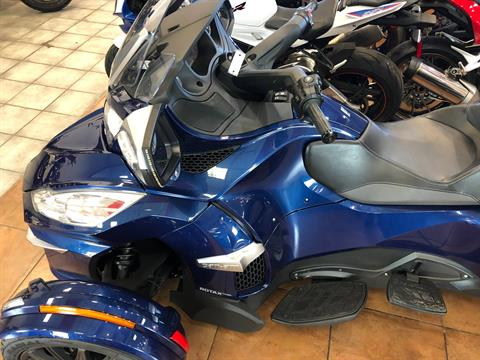 2016 Can-Am Spyder RT-S SE6 in Pinellas Park, Florida - Photo 18