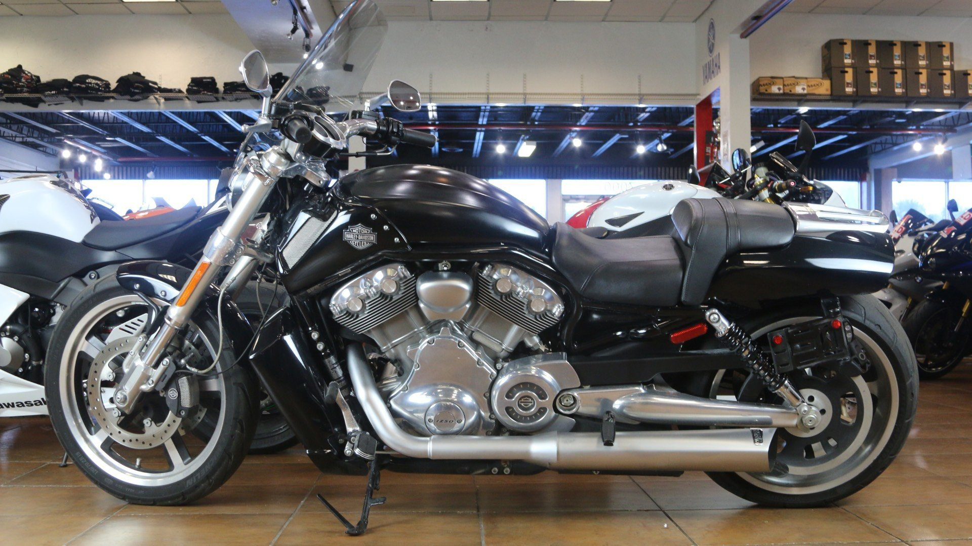 2015 Harley-Davidson V-Rod Muscle® in Pinellas Park, Florida - Photo 10