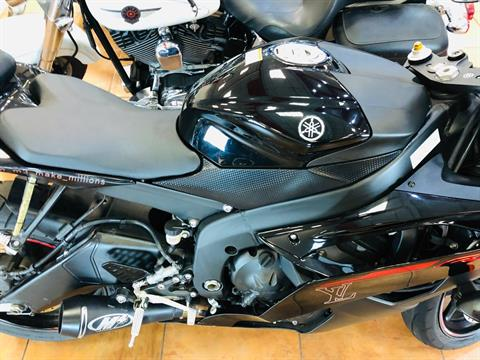 2015 Yamaha YZF-R6 in Pinellas Park, Florida - Photo 9