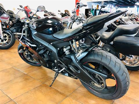 2015 Yamaha YZF-R6 in Pinellas Park, Florida - Photo 12
