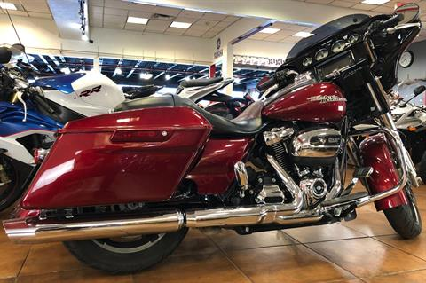 2017 Harley-Davidson Street Glide® Special in Pinellas Park, Florida - Photo 18