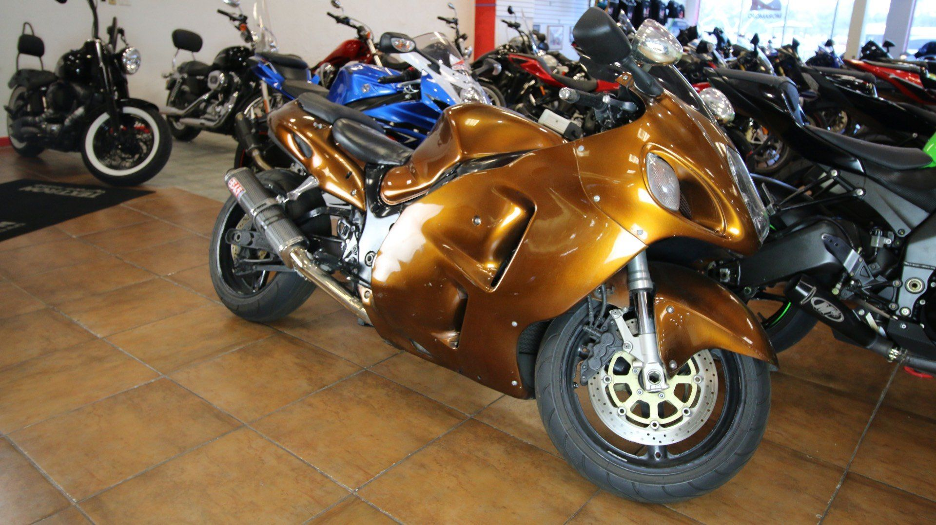 2002 Suzuki Hayabusa™ 1300 in Pinellas Park, Florida - Photo 2