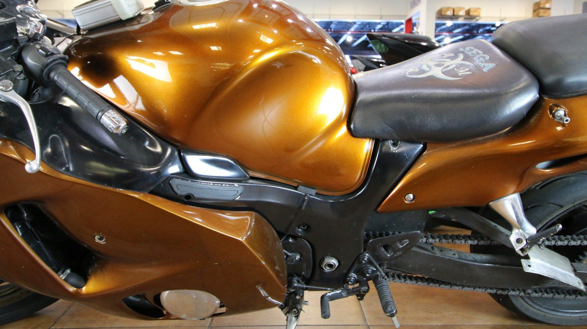 2002 Suzuki Hayabusa™ 1300 in Pinellas Park, Florida - Photo 14