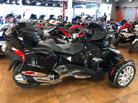 2016 Can-Am Spyder RT-S SE6 Limited in Pinellas Park, Florida - Photo 4