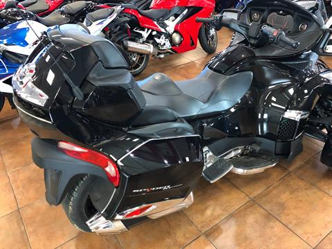 2016 Can-Am Spyder RT-S SE6 Limited in Pinellas Park, Florida - Photo 7