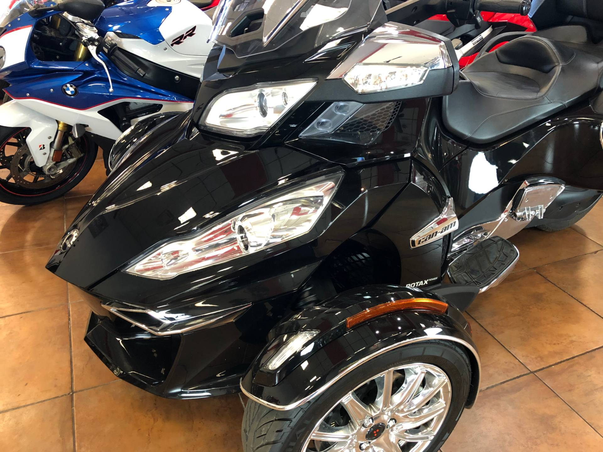 2016 Can-Am Spyder RT-S SE6 Limited in Pinellas Park, Florida - Photo 15