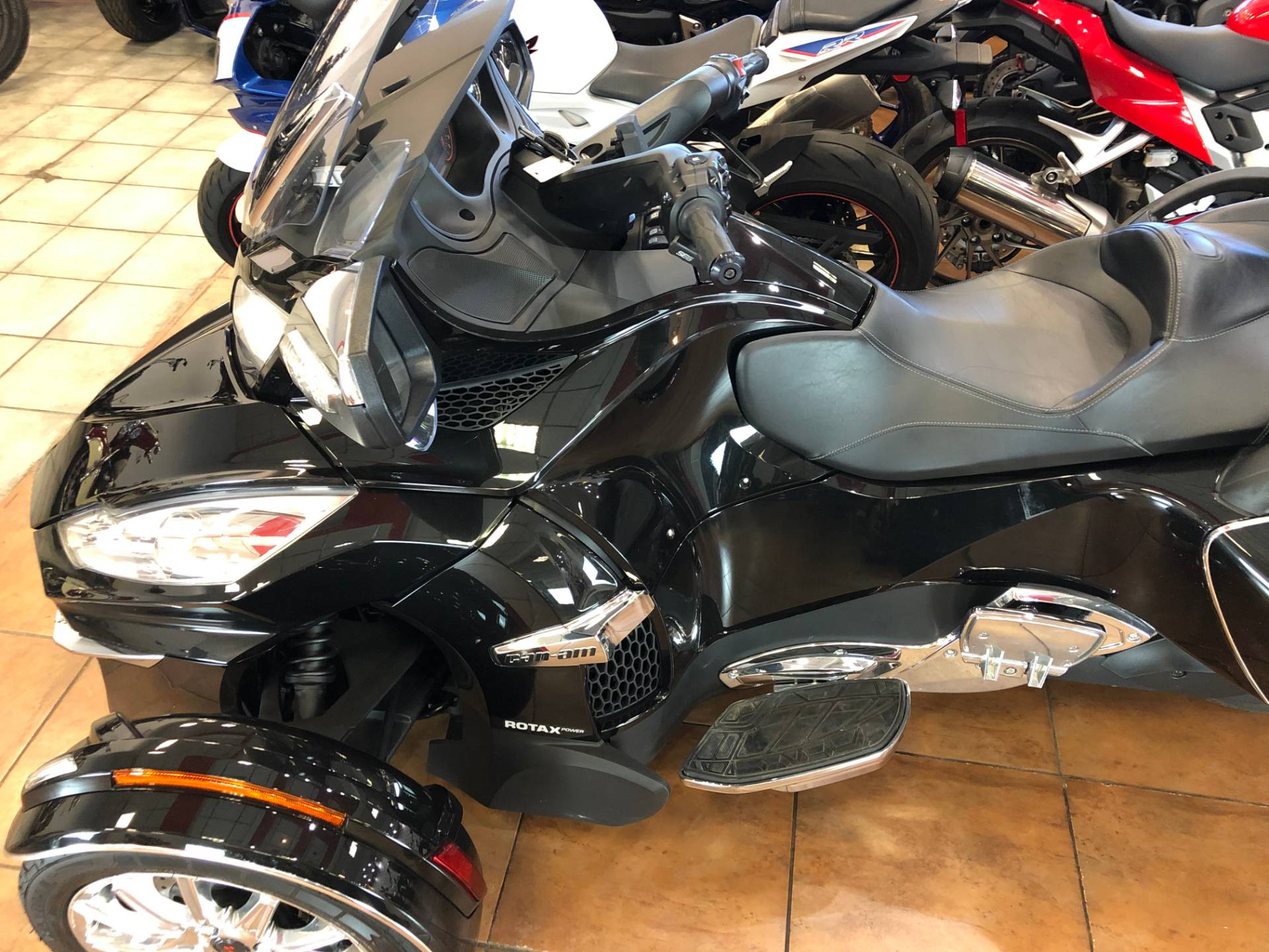 2016 Can-Am Spyder RT-S SE6 Limited in Pinellas Park, Florida - Photo 18