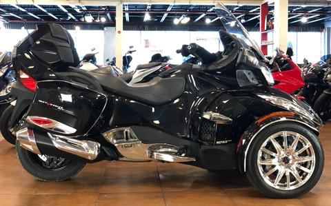 2016 Can-Am Spyder RT-S SE6 Limited in Pinellas Park, Florida - Photo 1