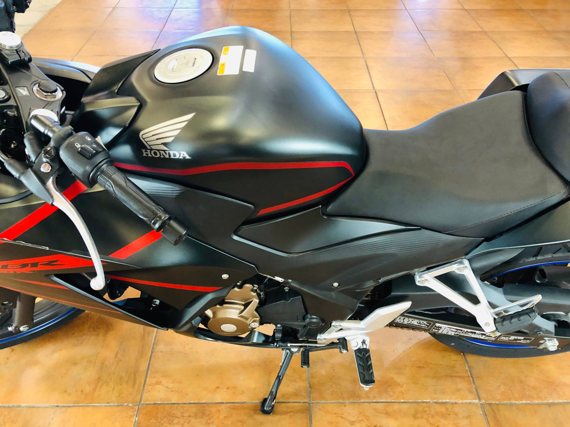 2018 Honda CBR300R in Pinellas Park, Florida - Photo 17