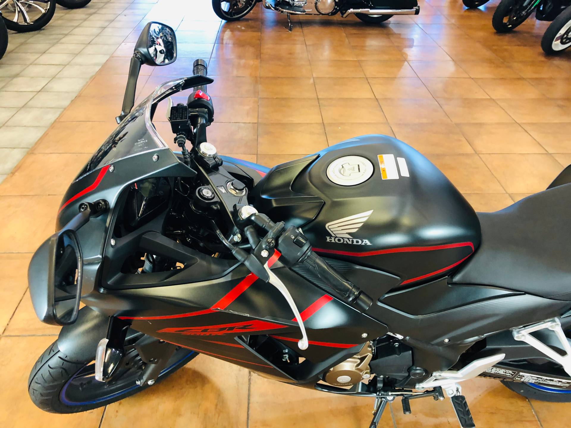 2018 Honda CBR300R in Pinellas Park, Florida - Photo 16