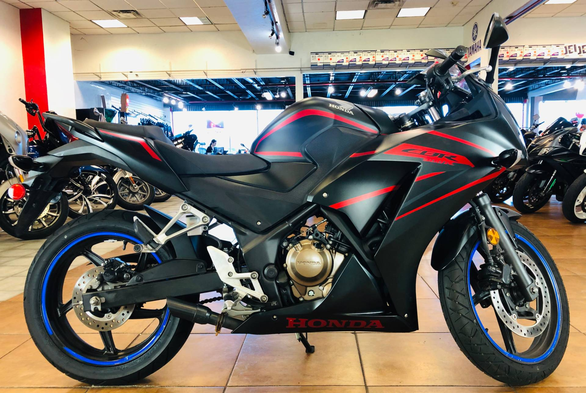 2018 Honda CBR300R in Pinellas Park, Florida - Photo 1