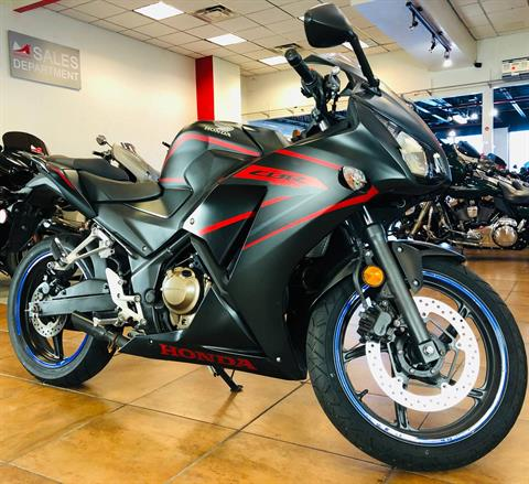 2018 Honda CBR300R in Pinellas Park, Florida - Photo 3