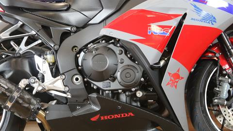2015 Honda CBR®1000RR in Pinellas Park, Florida - Photo 5