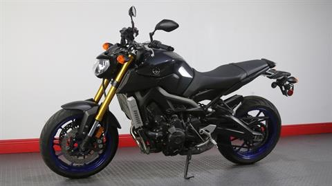 2014 Yamaha FZ-09 in Pinellas Park, Florida - Photo 11