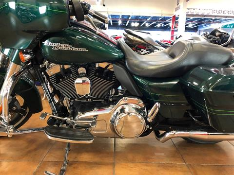 2015 Harley-Davidson Street Glide® in Pinellas Park, Florida - Photo 10