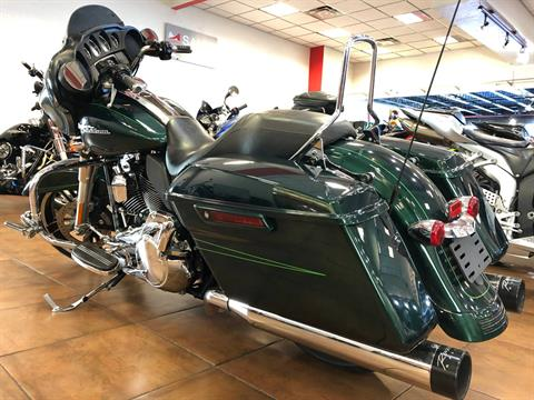 2015 Harley-Davidson Street Glide® in Pinellas Park, Florida - Photo 14