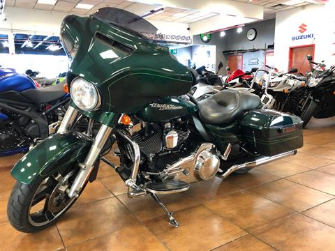 2015 Harley-Davidson Street Glide® in Pinellas Park, Florida - Photo 16