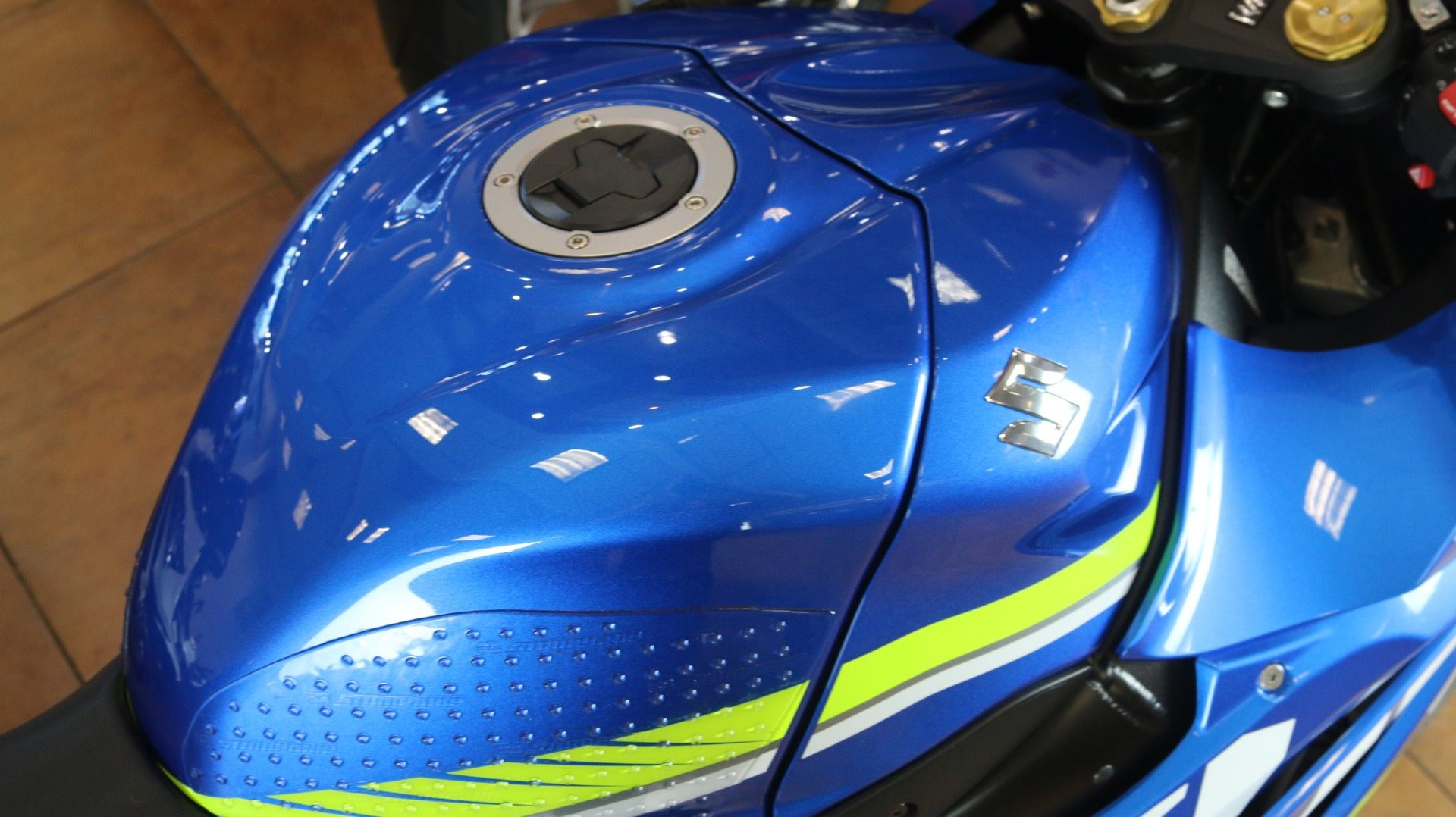 2017 Suzuki GSX-R1000 ABS in Pinellas Park, Florida - Photo 8