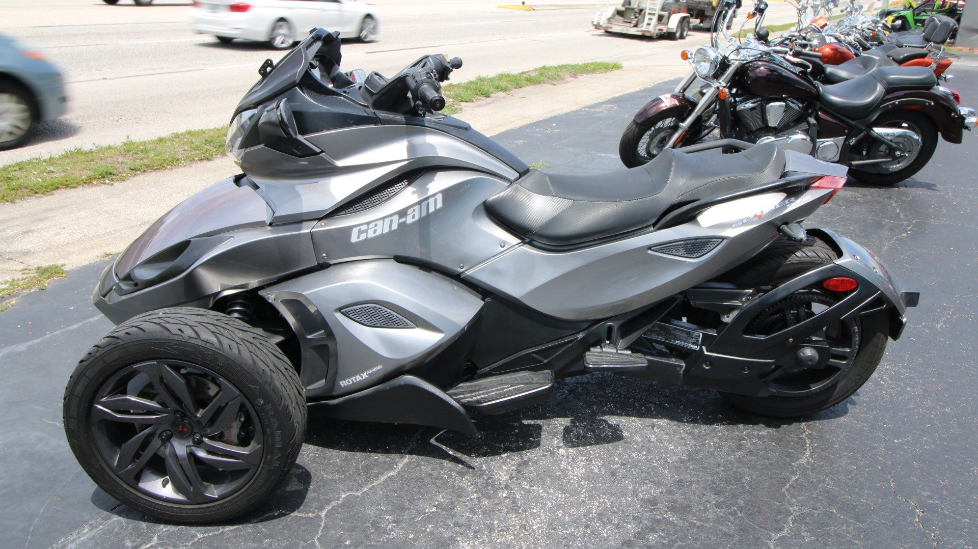 2013 Can-Am Spyder® ST-S SE5 in Pinellas Park, Florida - Photo 10