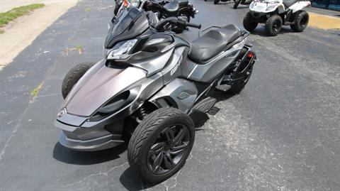 2013 Can-Am Spyder® ST-S SE5 in Pinellas Park, Florida - Photo 11