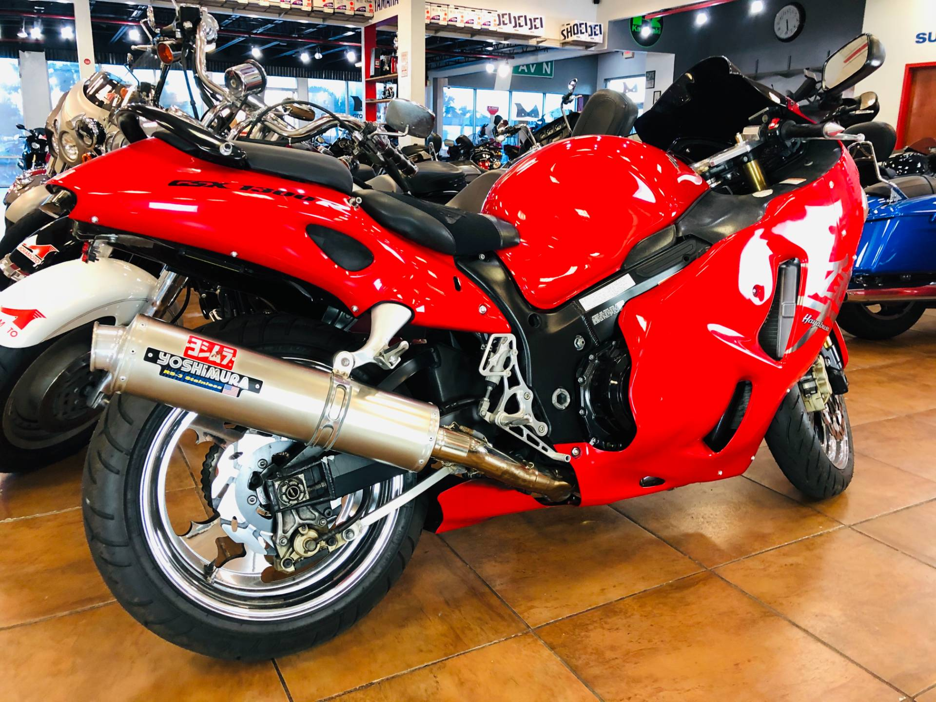 2004 Suzuki GSX1300R Hayabusa in Pinellas Park, Florida - Photo 4