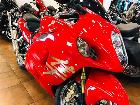 2004 Suzuki GSX1300R Hayabusa in Pinellas Park, Florida - Photo 5