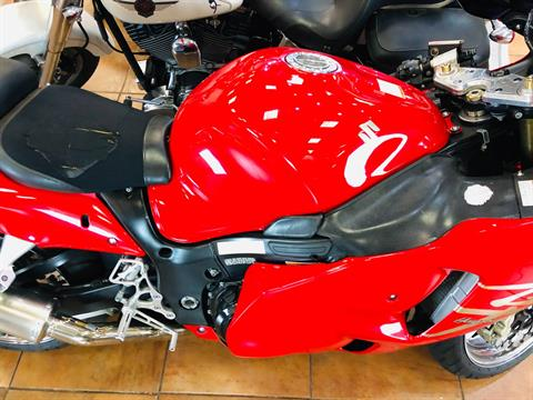 2004 Suzuki GSX1300R Hayabusa in Pinellas Park, Florida - Photo 9