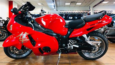 2004 Suzuki GSX1300R Hayabusa in Pinellas Park, Florida - Photo 2