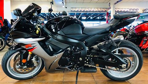 2018 Suzuki GSX-R750 in Pinellas Park, Florida - Photo 2