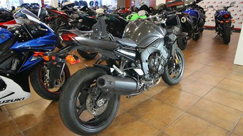 2015 Yamaha FZ1 in Pinellas Park, Florida - Photo 3