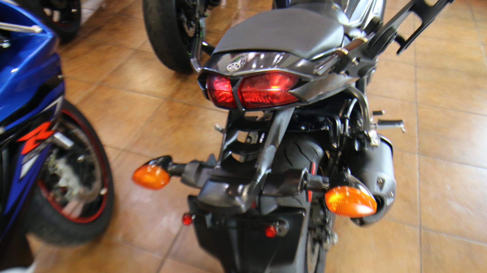 2015 Yamaha FZ1 in Pinellas Park, Florida - Photo 9