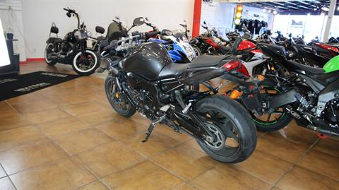 2015 Yamaha FZ1 in Pinellas Park, Florida - Photo 12
