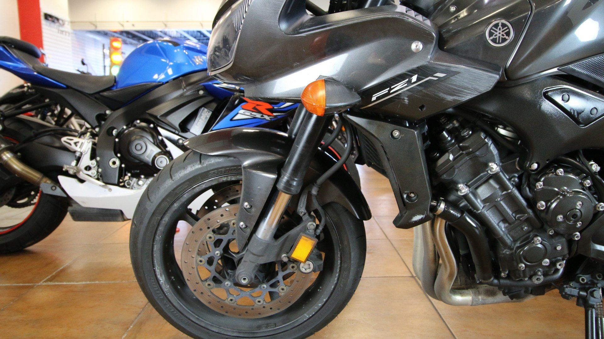 2015 Yamaha FZ1 in Pinellas Park, Florida - Photo 13