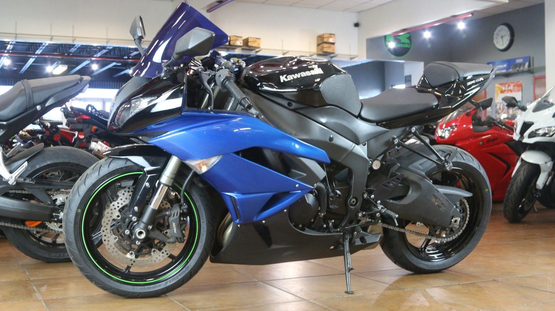 2009 Kawasaki Ninja® ZX™-6R in Pinellas Park, Florida - Photo 11