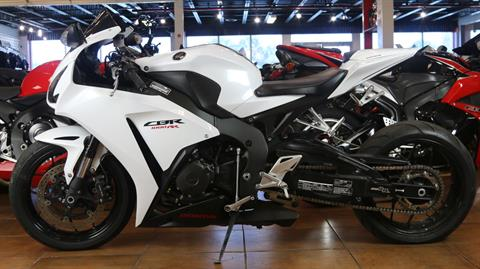 2014 Honda CBR®1000RR in Pinellas Park, Florida - Photo 10