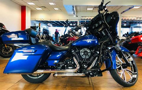 2017 Harley-Davidson Street Glide® Special in Pinellas Park, Florida - Photo 1