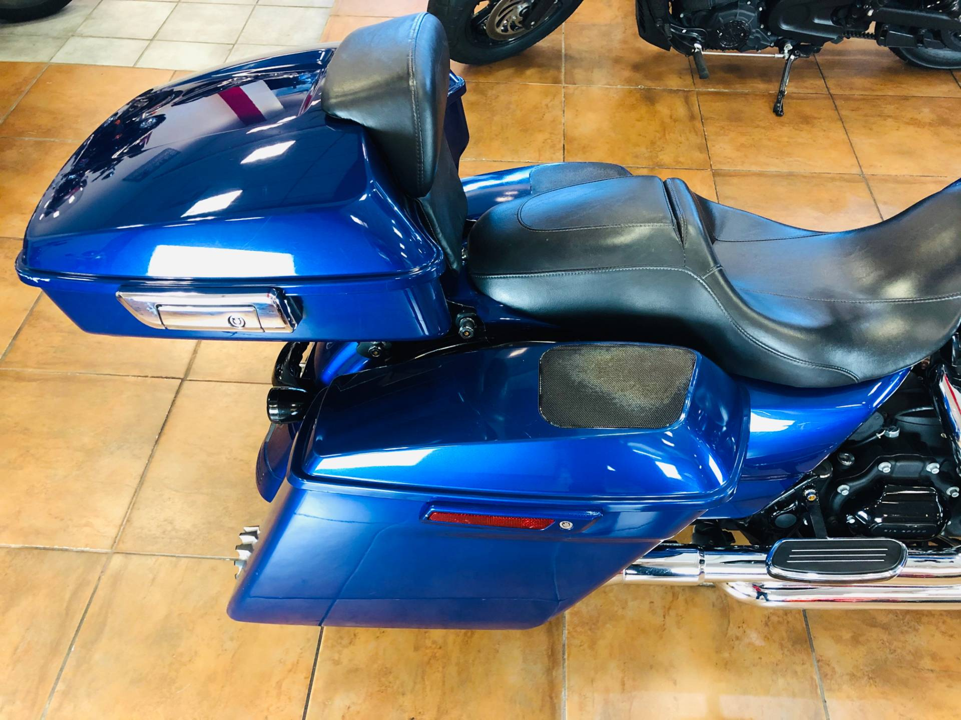 2017 Harley-Davidson Street Glide® Special in Pinellas Park, Florida - Photo 10