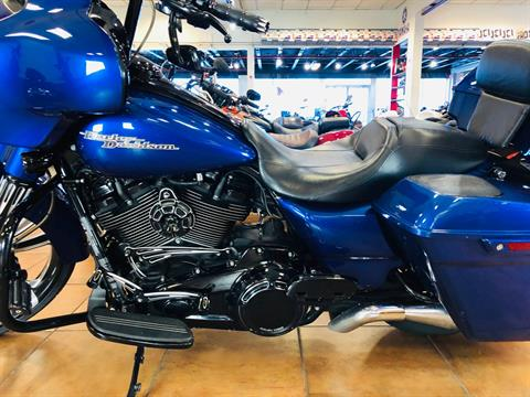 2017 Harley-Davidson Street Glide® Special in Pinellas Park, Florida - Photo 14