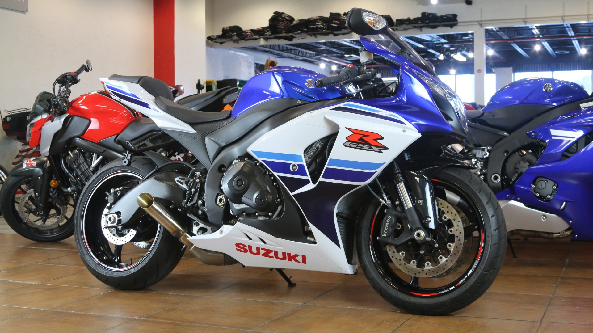2016 Suzuki GSX-R1000 in Pinellas Park, Florida - Photo 2
