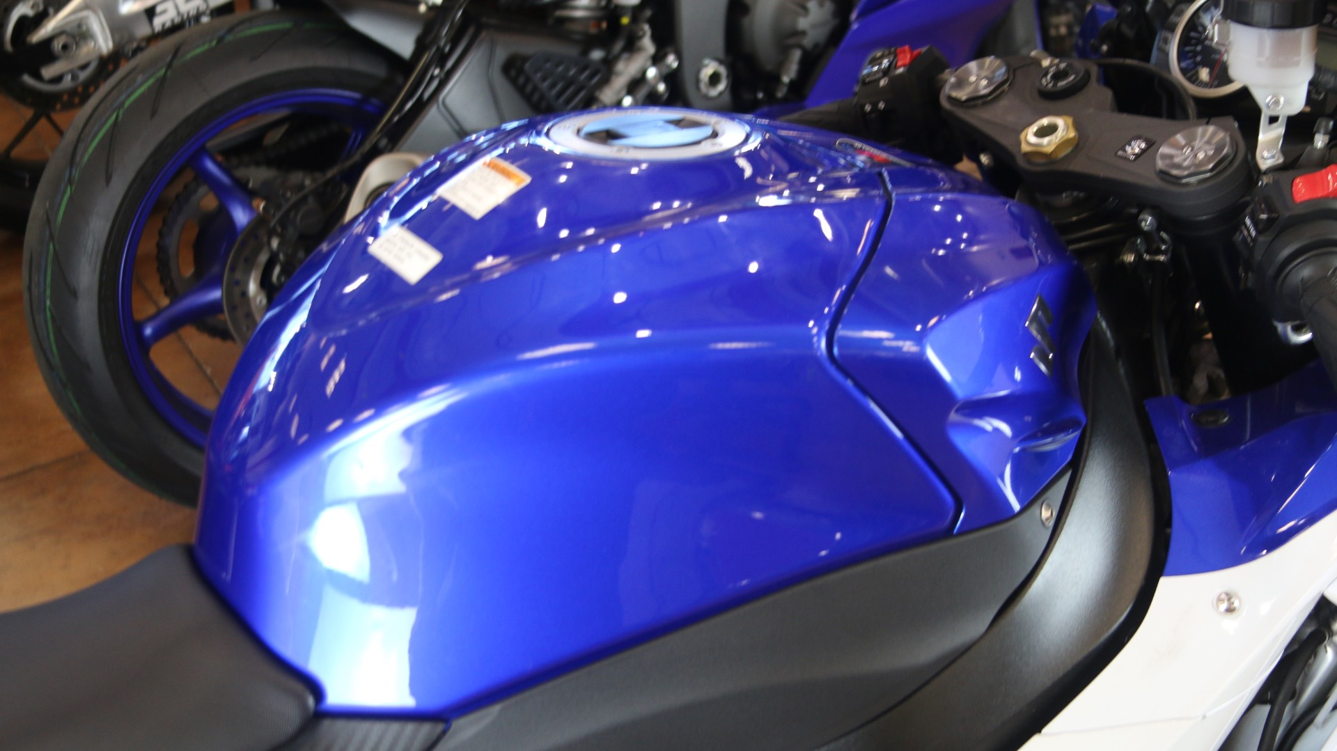 2016 Suzuki GSX-R1000 in Pinellas Park, Florida - Photo 8