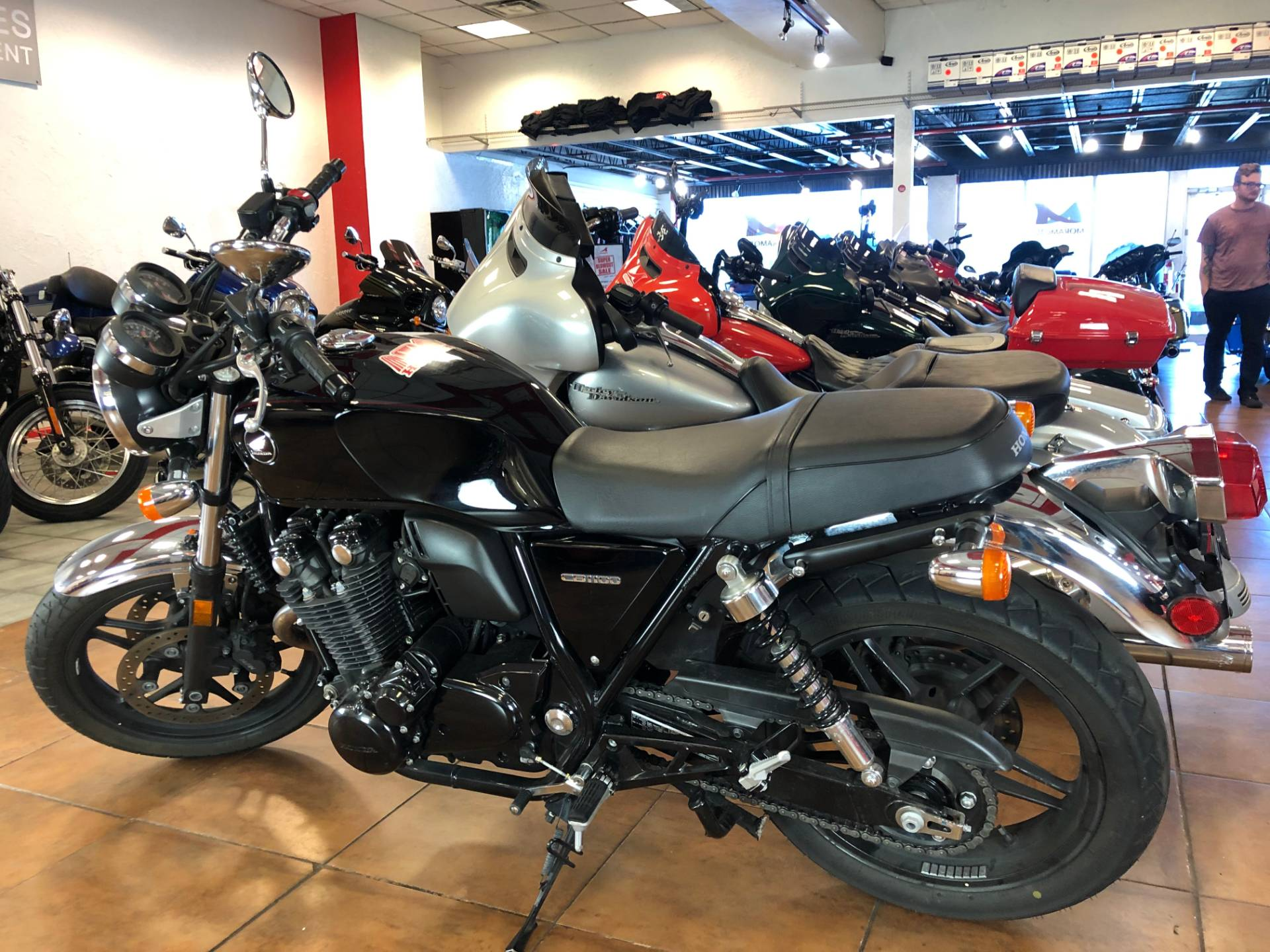 2014 Honda CB1100 in Pinellas Park, Florida - Photo 12