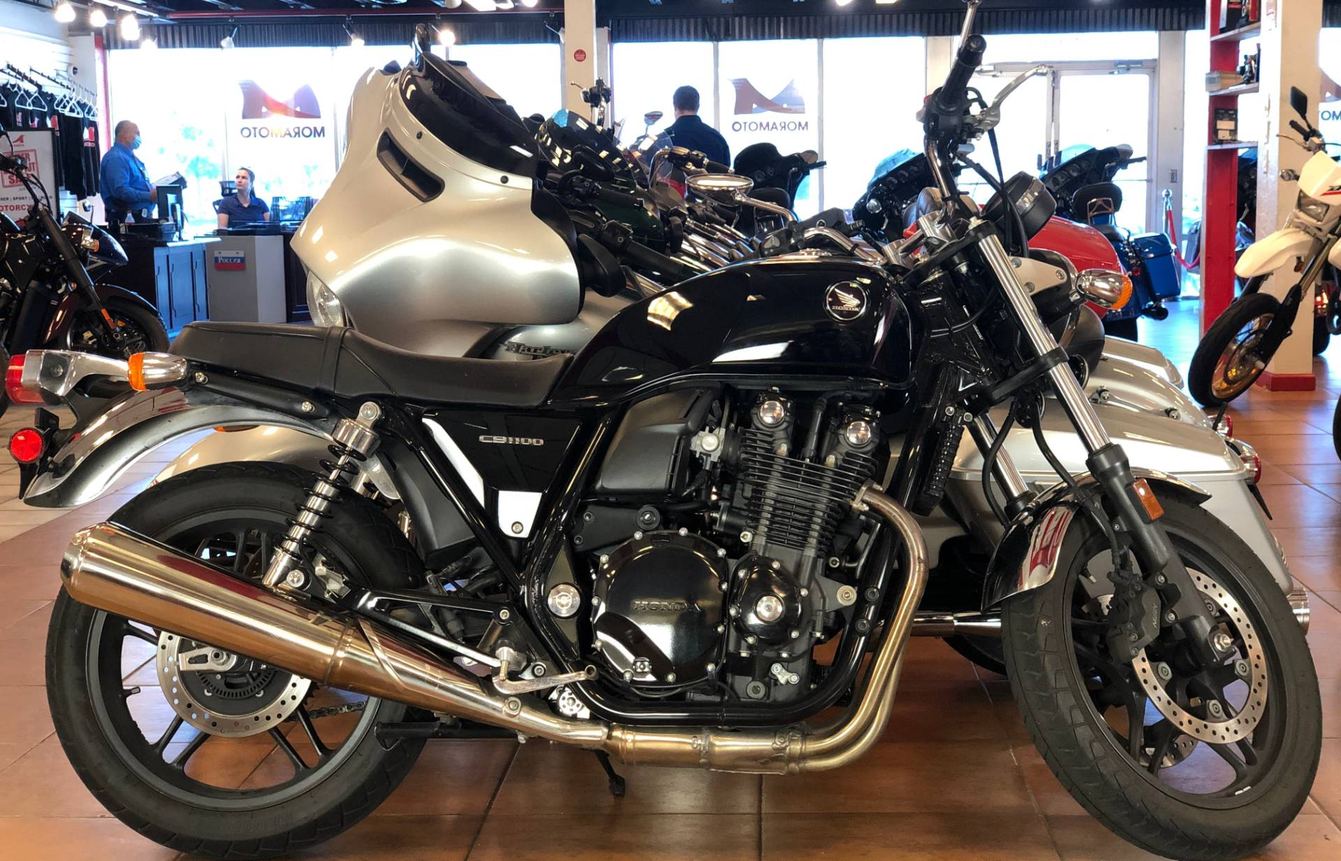 2014 Honda CB1100 in Pinellas Park, Florida - Photo 1