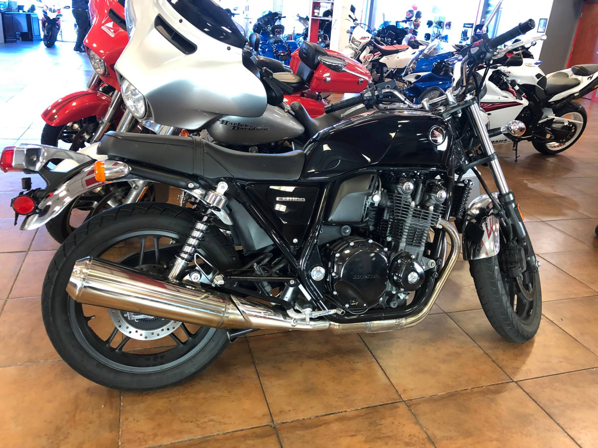 2014 Honda CB1100 in Pinellas Park, Florida - Photo 4