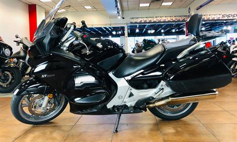 2006 Honda ST™1300 in Pinellas Park, Florida - Photo 2