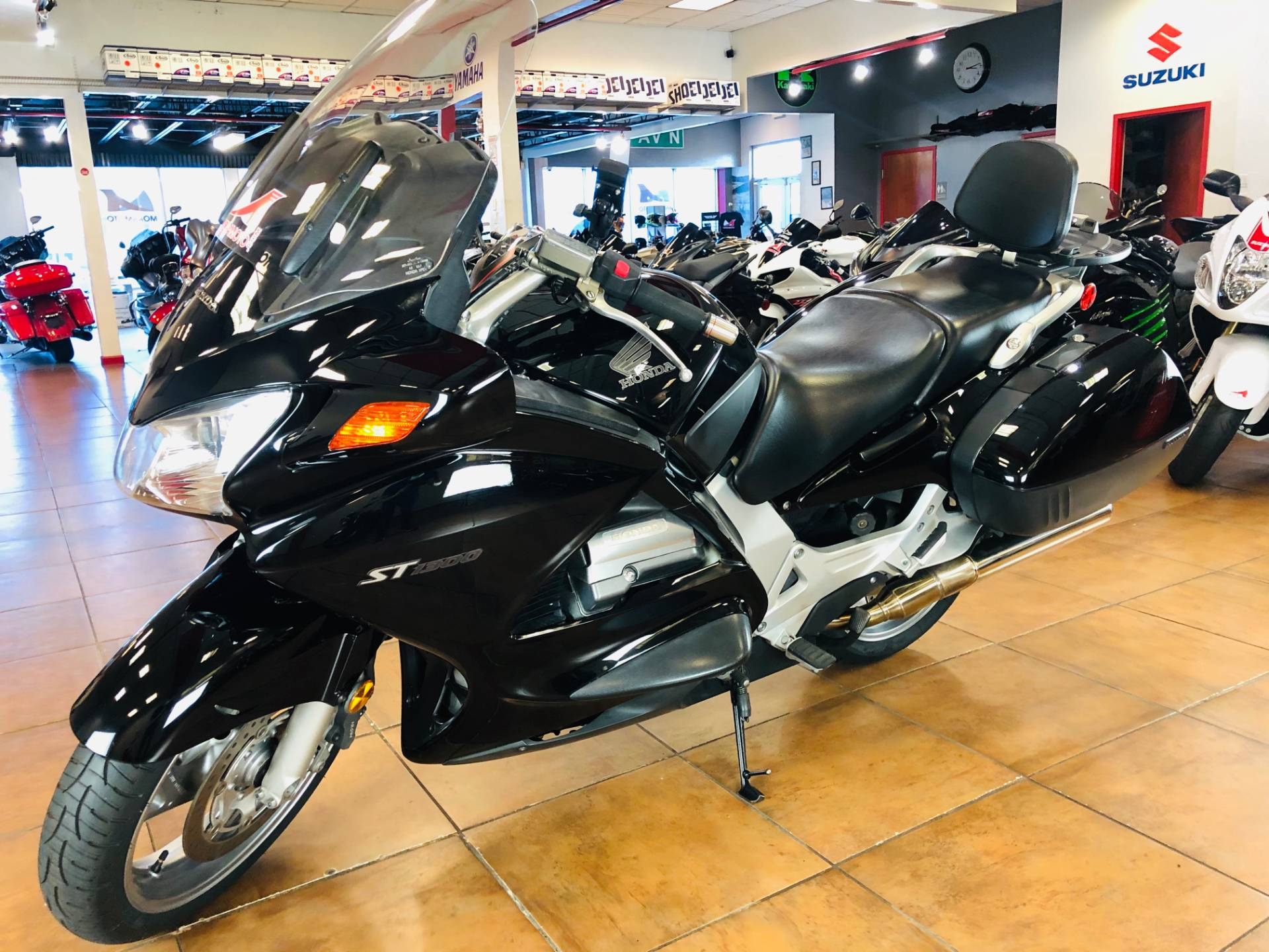 2006 Honda ST™1300 in Pinellas Park, Florida - Photo 11