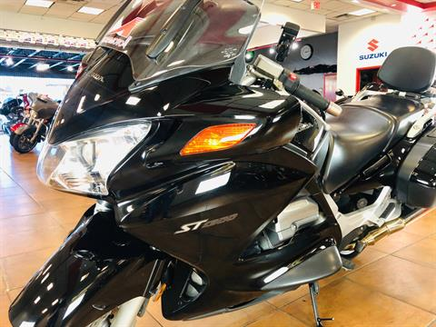 2006 Honda ST™1300 in Pinellas Park, Florida - Photo 13